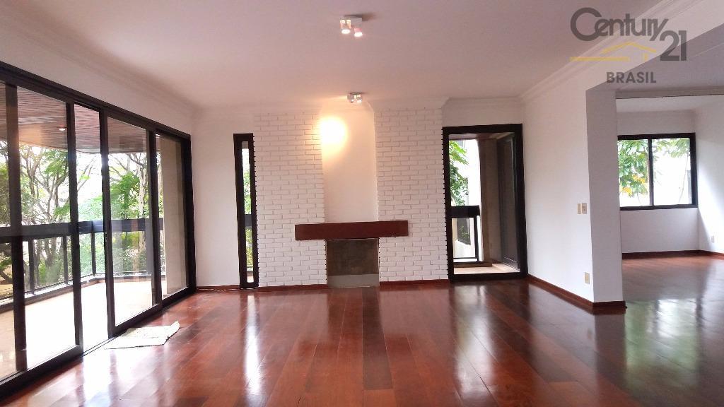 Maravilhoso apartamento à venda, Vila Nova Conceição, São Paulo.