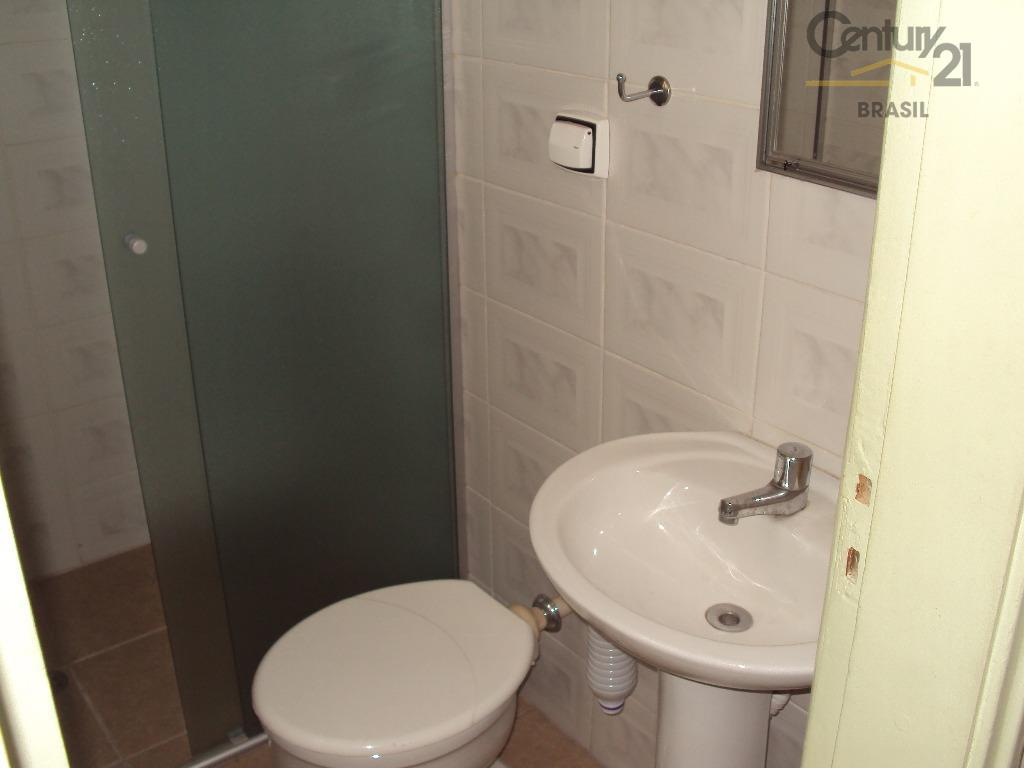 apartamento com 110metros, 3 dormitórios, 3 banheiros, 2 suítes, andar térreo de fácil acesso. próximo ao...