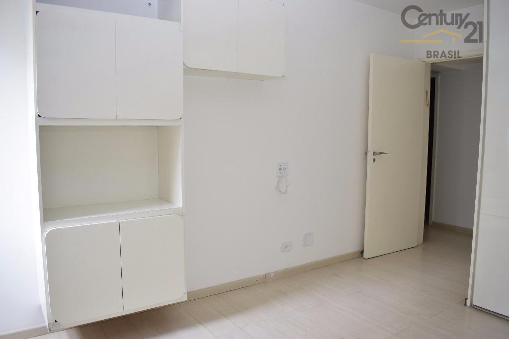 se tiver procurando em ótimo apartamento para locação, você encontrou! sala ampla e arejada com piso...