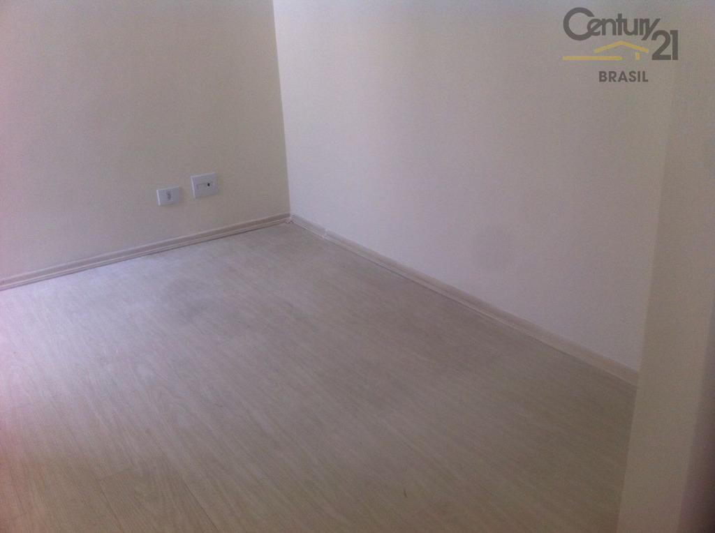 aluga se apartamento no itaim bibi, 2 dtrs atualmente está com 1, sala ampla, varanda, cozinha...