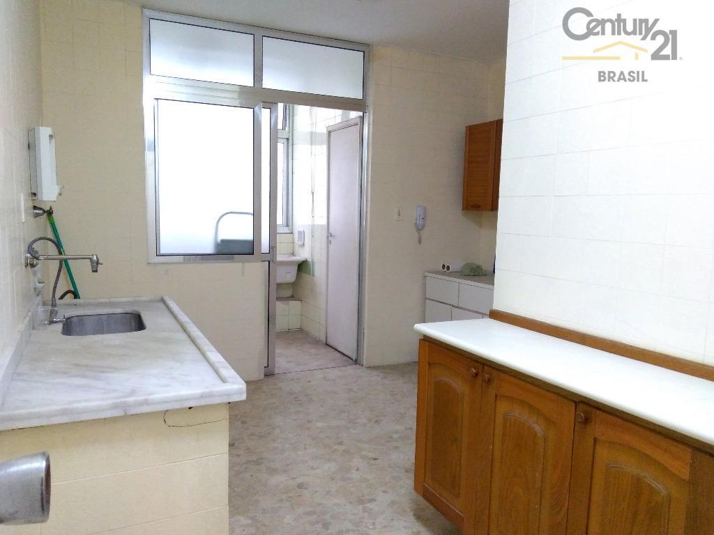 excelente apartamento com localização privilegiada, ideal para fazer tudo a pé!em andar intermediário, de frente, face...