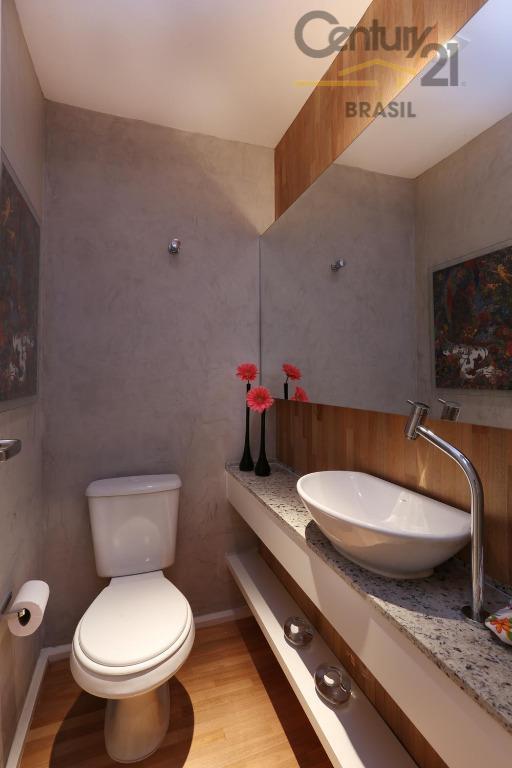 excelente imóvel com laser completo, piscina coberta e aquecida, apenas duas torres,com 3 dormitórios, 1 suites,2...