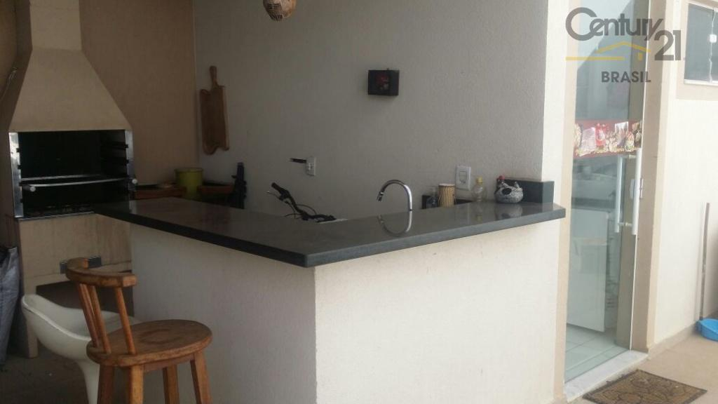 linda casa + espaço para pequeno comércio = r$ 2.500,00. casa mobiliada, com sala, lavabo, escritório,...