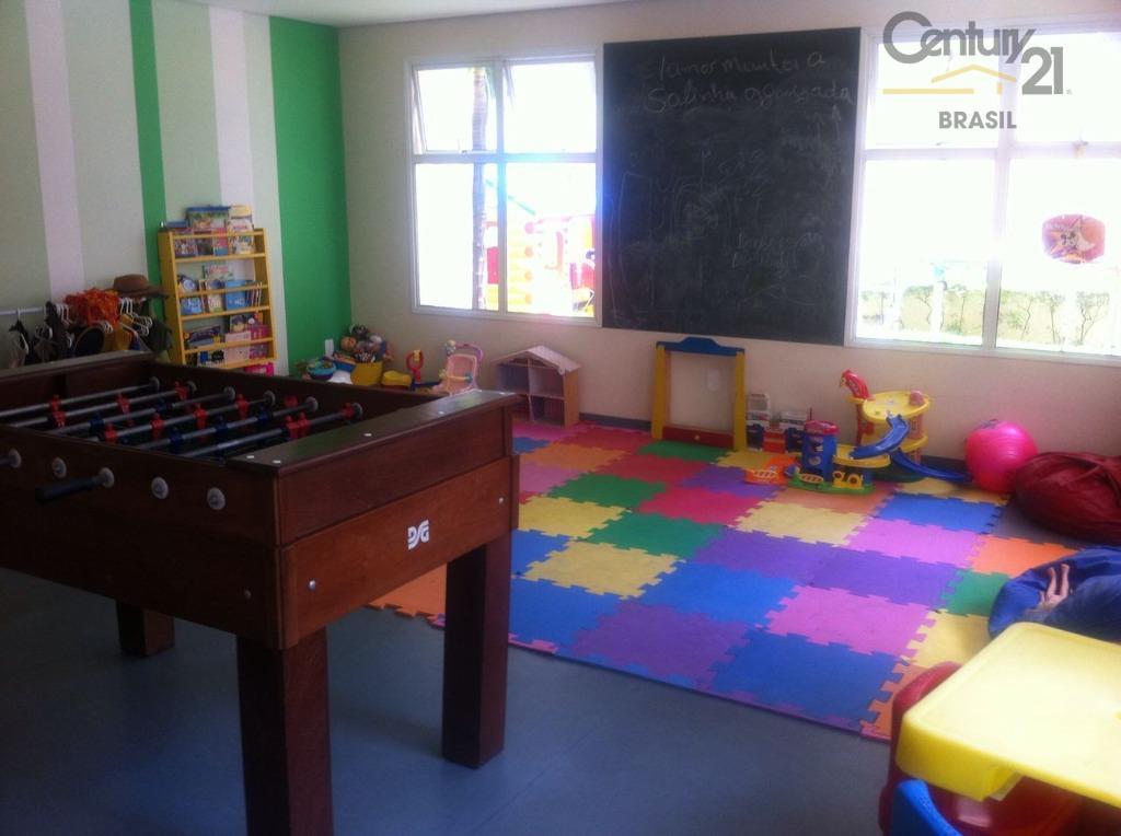 aluga-se apartamento no itaim bibi, 173 m² útil, 3 dormitórios sendo 3 suítes, 3 vagas fixas...