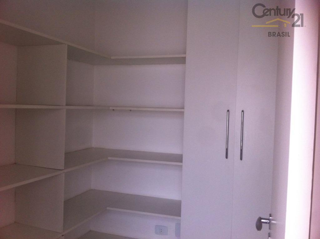 vende se ou aluga apartamento no itaim bibi, 2 dtrs sendo os 2 suites, sala de...