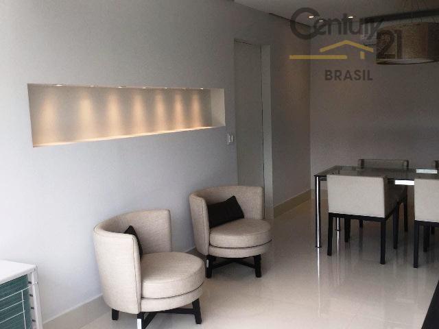 lindo apartamento 60 m², ampla sala com varanda toda envidraçada, vista panorâmica, cozinha americana com eletro...