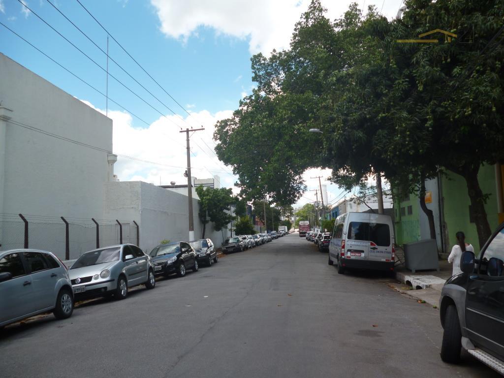 amplo galpão de 1.456 m², na vila leopoldina,  em rua tranquila e de fácil acesso.