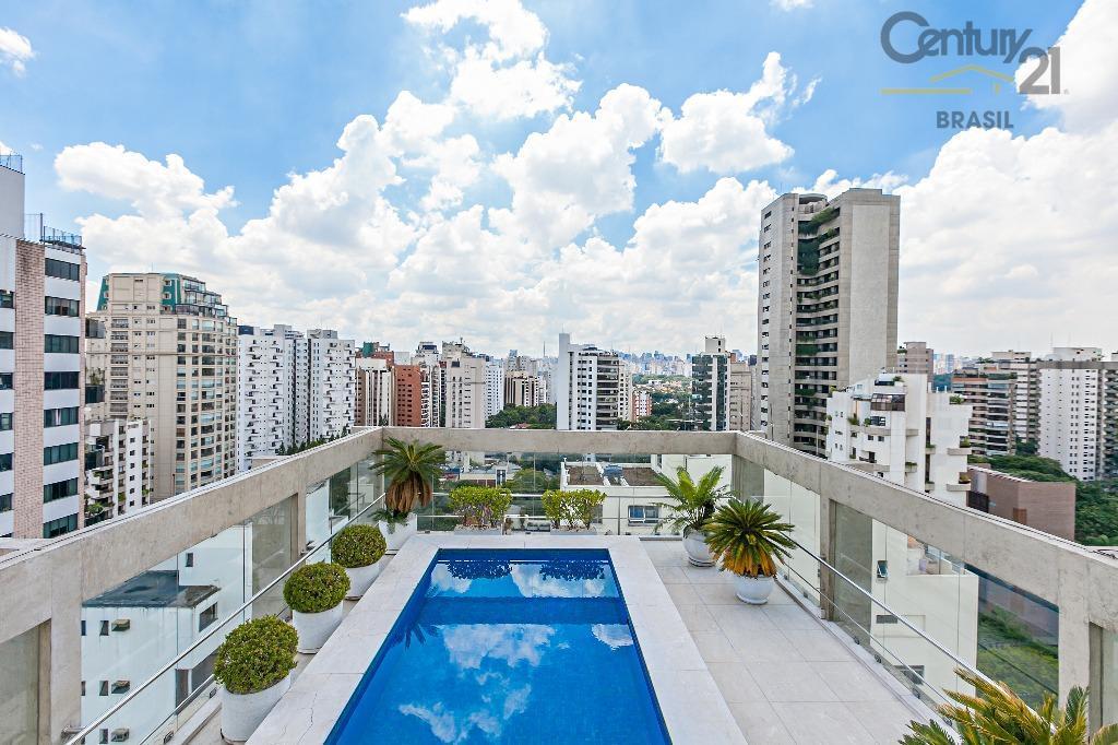 Cobertura Maravilhosa, Vila Nova Conceição, 4 dormitorios 2 suites, 5 vagas, predio retrofitado