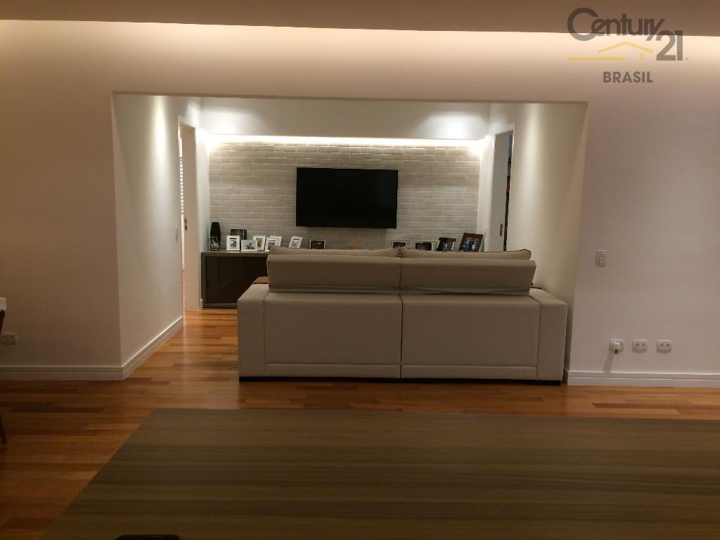 apartamento lindo impecável e muito bem localizado no jardim paulista.a 3 quadras da avenida paulista,bem próximo...