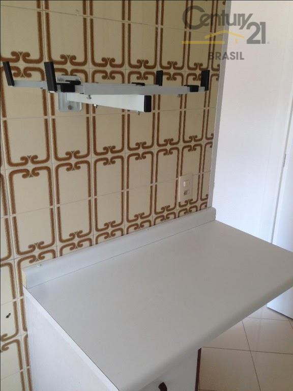 apartamento com 40 mts - 01 suite com armários - -sala- cozinha com armários - 1...