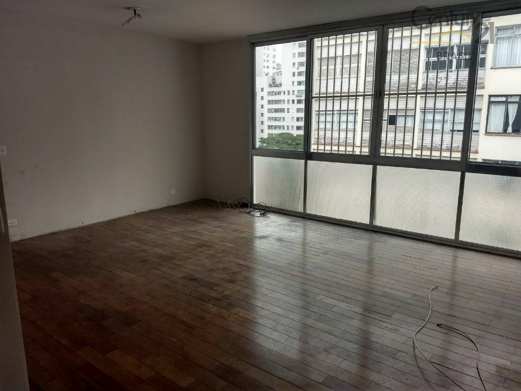 Apartamento ao lado da praça Buenos Aires!
