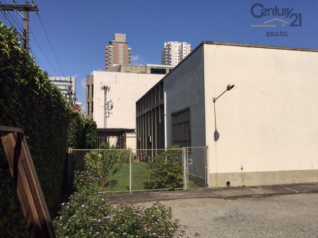 Galpão locação área nobre Vila Olímpia 700m² área construída, ampla área para estacionamento localização e acesso privilegiado