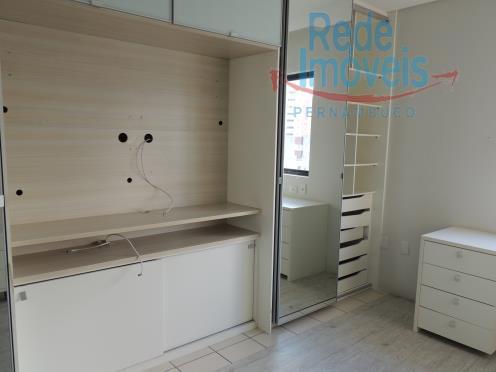 Apartamento residencial à venda, Espinheiro, Recife - AP0189.