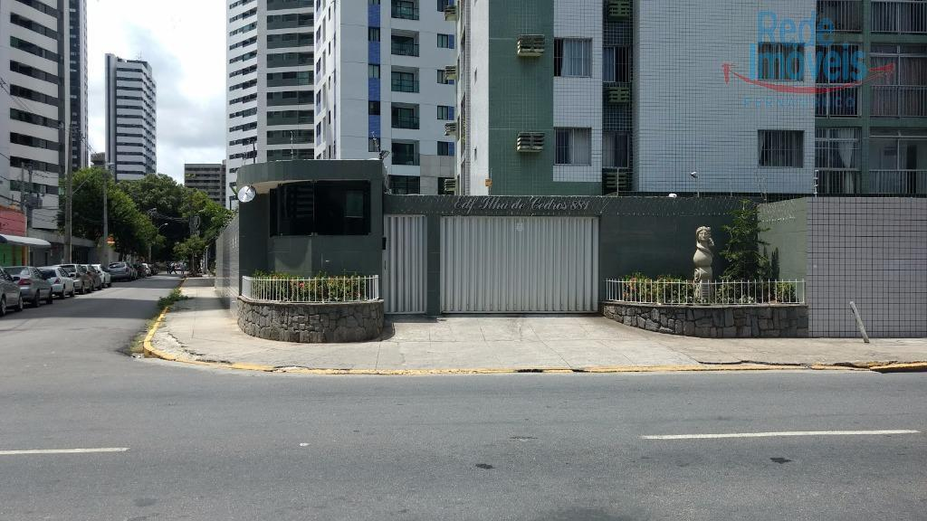 Apartamento residencial à venda, Rosarinho, Recife - AP0167.