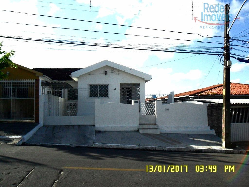 Casa residencial para locação, Casa Amarela, Recife.