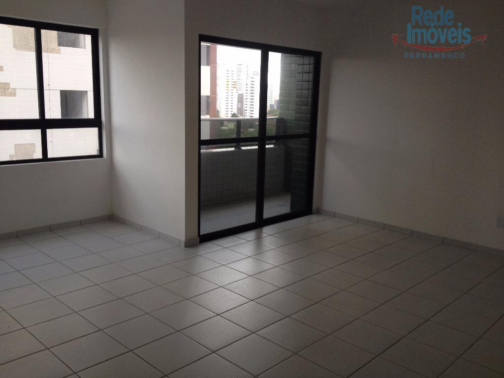 Apartamento residencial à venda, Torre, Recife - AP0052.