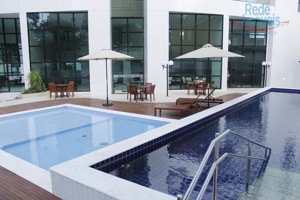 Apartamento residencial à venda, Encruzilhada, Recife - AP0062.