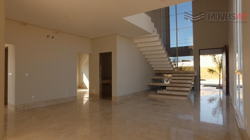 Casa com 4 suítes no Villa Jardim