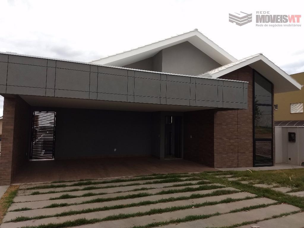 Casa estilo sobrado residencial à venda, Condomínio Belvedere, Cuiabá-MT