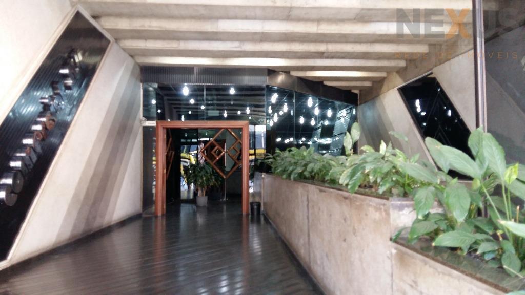 Conjunto comercial para locação, Centro, Curitiba.