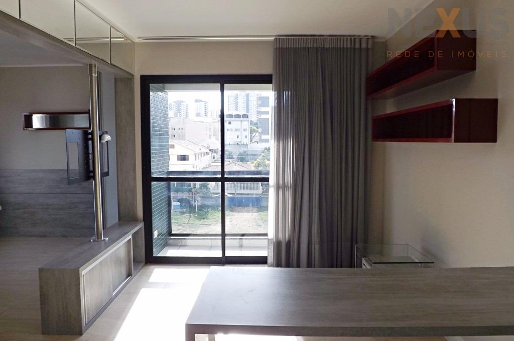 Apartamento residencial para locação, Água Verde, Curitiba - AP0059.