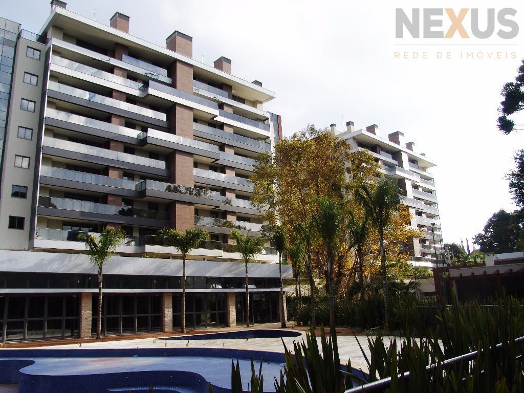 Apartamento com 174m² Privativos, 3 Suítes e 3 Vagas no Ecoville.
