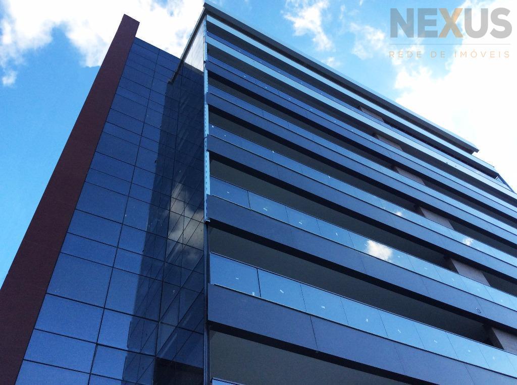 Cobertura Duplex com 418m² Privativos, 4 suítes e 6 Vagas no Ecoville.