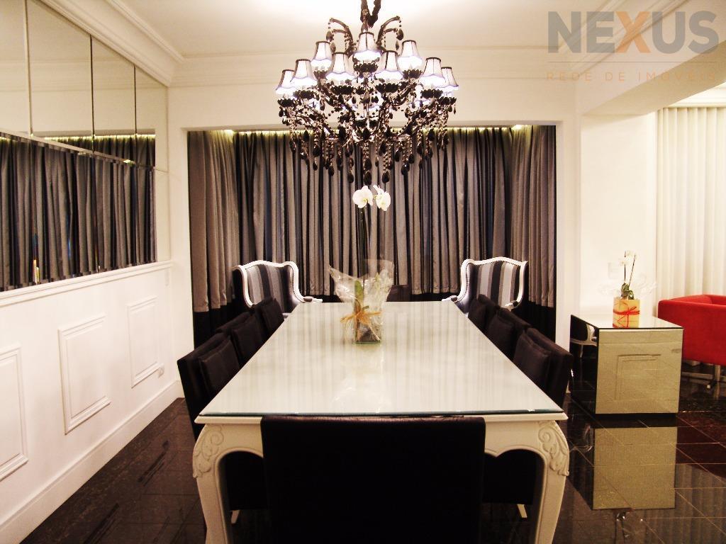 Apartamento Garden com 237m² Privativos, 3 Suítes e 3 Vagas no Batel.