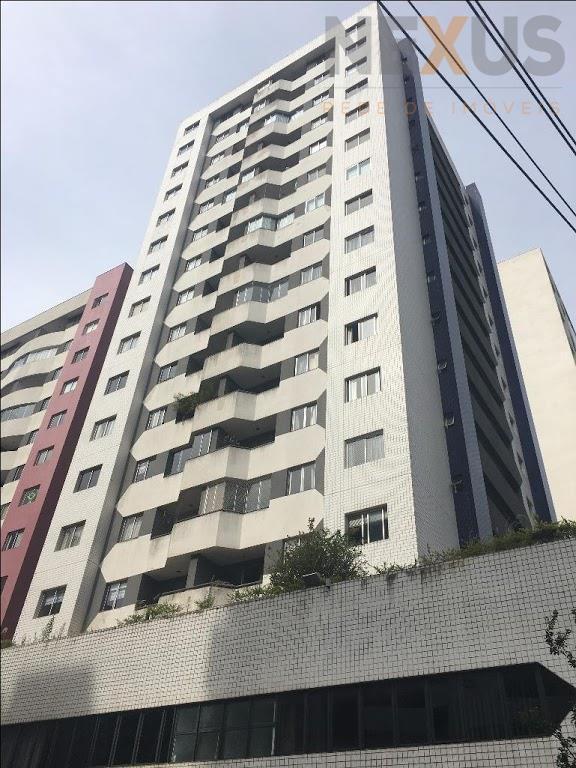 Apartamento Bigorrilho, local privilegiado, ensolarado!!