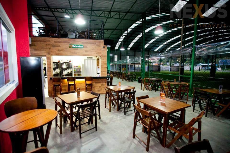 Excelente oportunidade de negócio - Quadras/ Restaurante/ Hamburgueria/ Escola de Futebol em Curitiba.