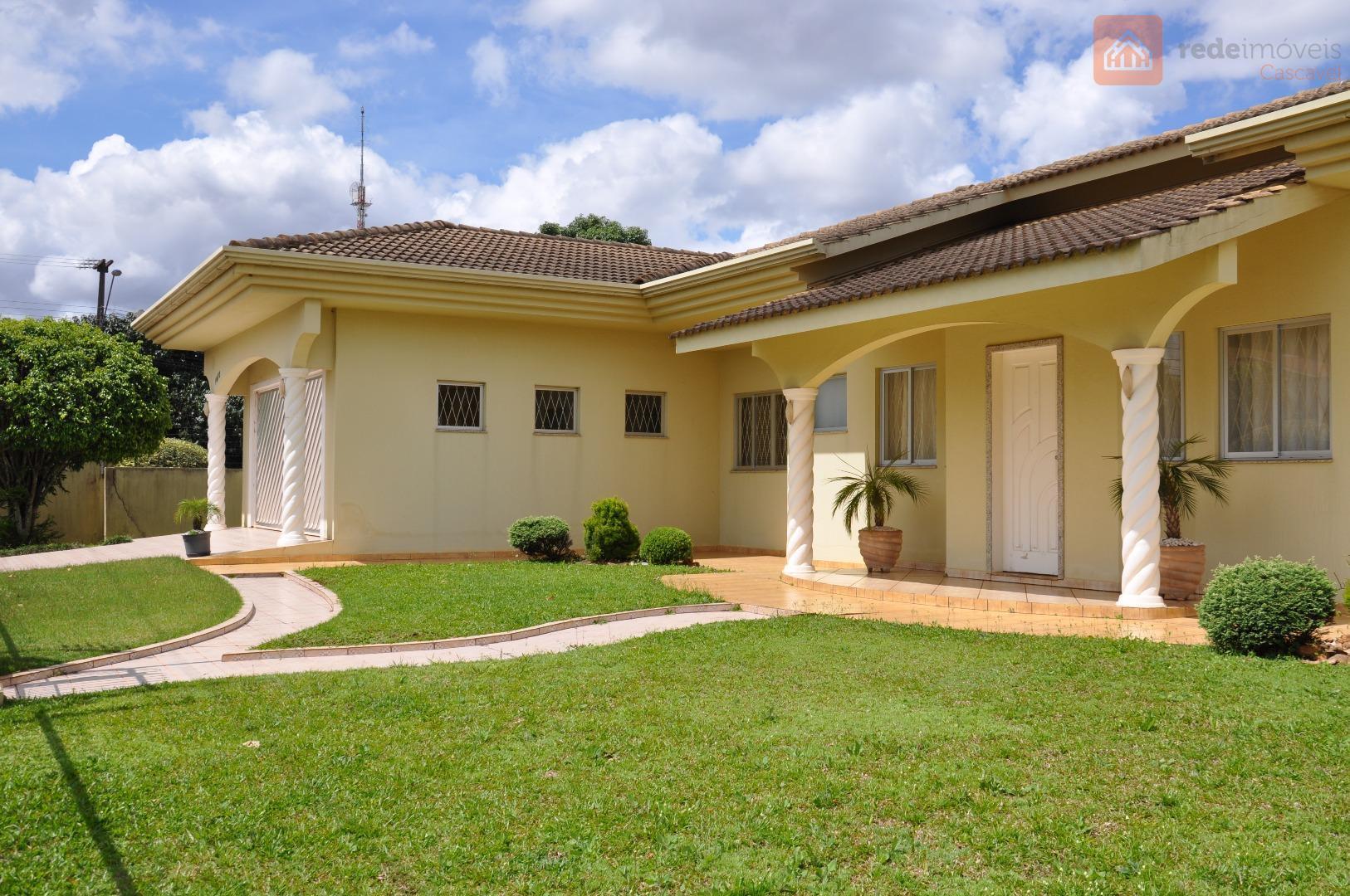 Casa 04 suítes, 04 vagas, Maria Luiza, Cascavel/PR