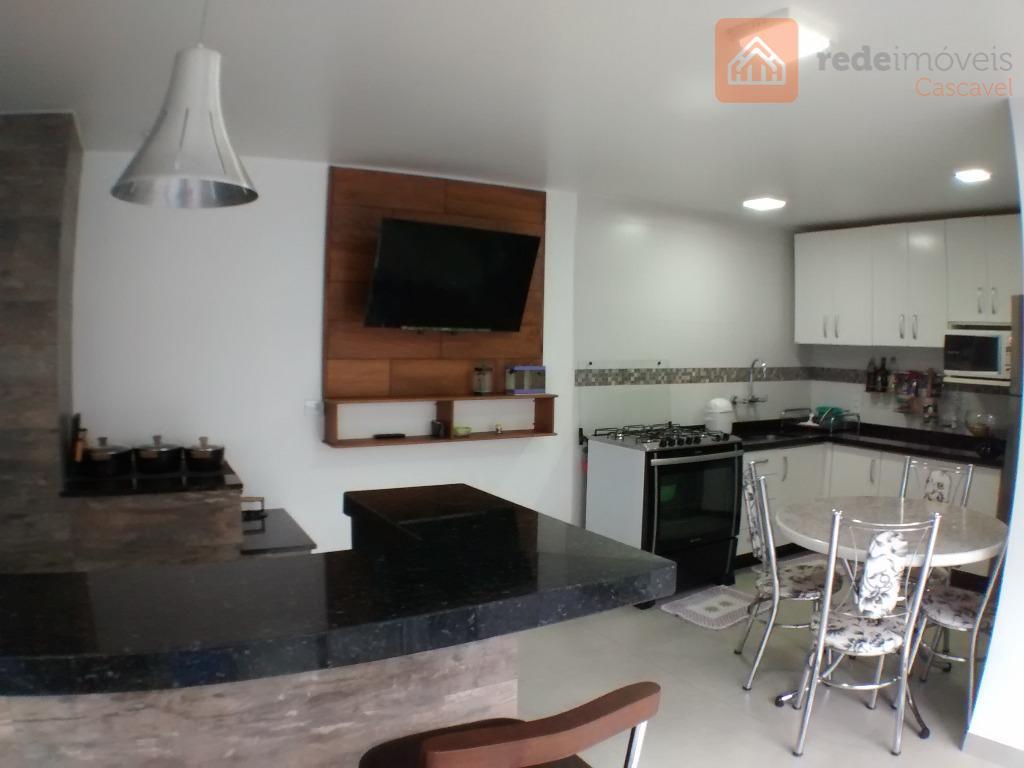 Sobrado residencial à venda, Parque Verde, Cascavel.
