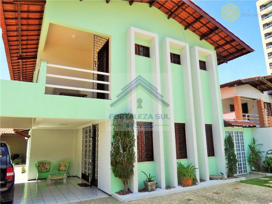 Casa em Condomínio no Bairro Engenheiro Luciano Cavalcante