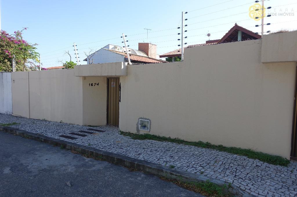 Casa para alugar na Engenheiro Luciano Cavalcante, Fortaleza.