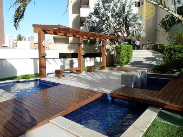 Apartamento com 3 Quartos à Venda, 195 m² por R$ 1.550.000