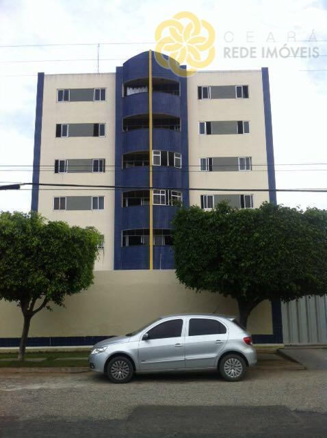 OPORTUNIDADE!!! Apartamento a 1 quarteirão da Av. Woshington Soares, Próximo ao Shopping Salinas e Centro de eventos $$ 185mil.
