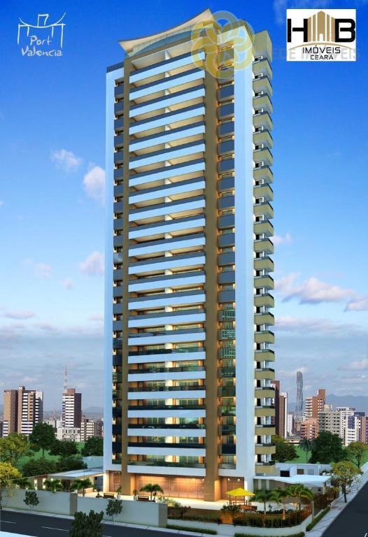 Apartamento à venda na Aldeota, 3 suítes, Andar alto, 4 vagas de garagem, Fortaleza.