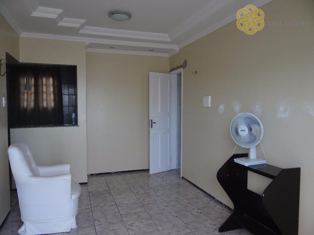 Apartamento residencial para locação, Lagoa Redonda, Fortaleza.