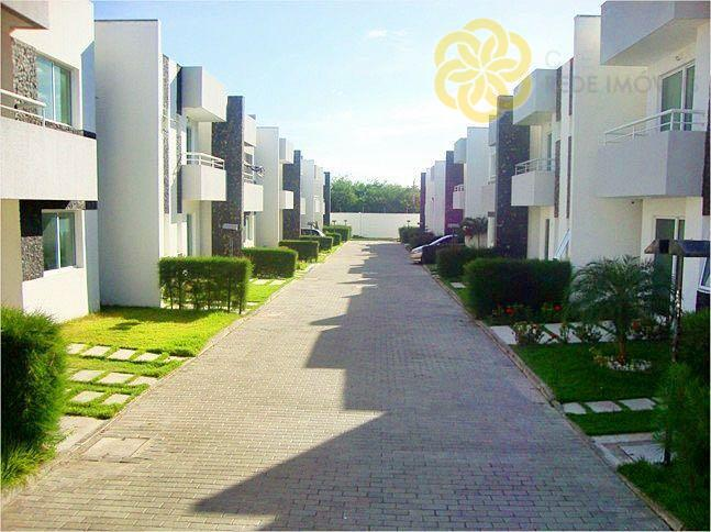 Casa residencial para venda e locação, 3 suítes, 2 vagas, Sapiranga, Fortaleza.