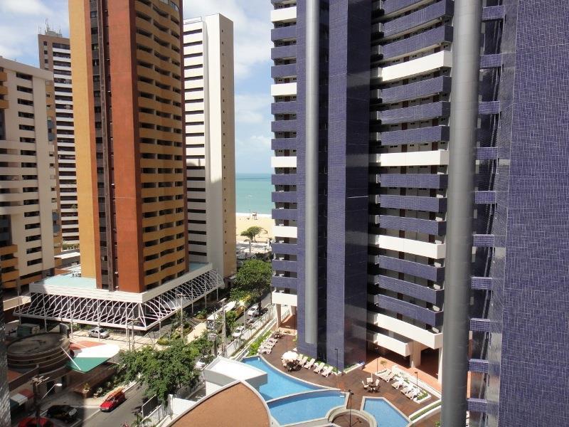 Apartamento para alugar, 2 Quartos, Meireles, Mobiliado, Com Internet / TV a Cabo