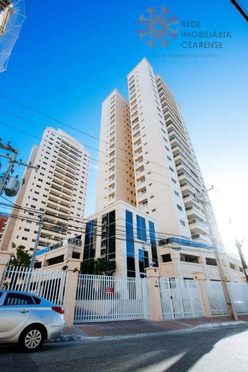 Apartamento no bairro de Fátima.67m2, 3 quartos, 2 suítes, lazer completo. Financia.