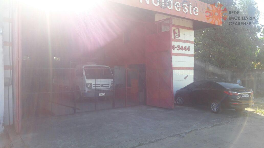 Galpão comercial à venda, Messejana, Fortaleza.