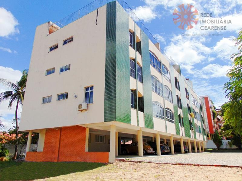 Apartamento Duplex no Cocó, 112m2, 3 quartos, terraço, piscina, 3 vagas.