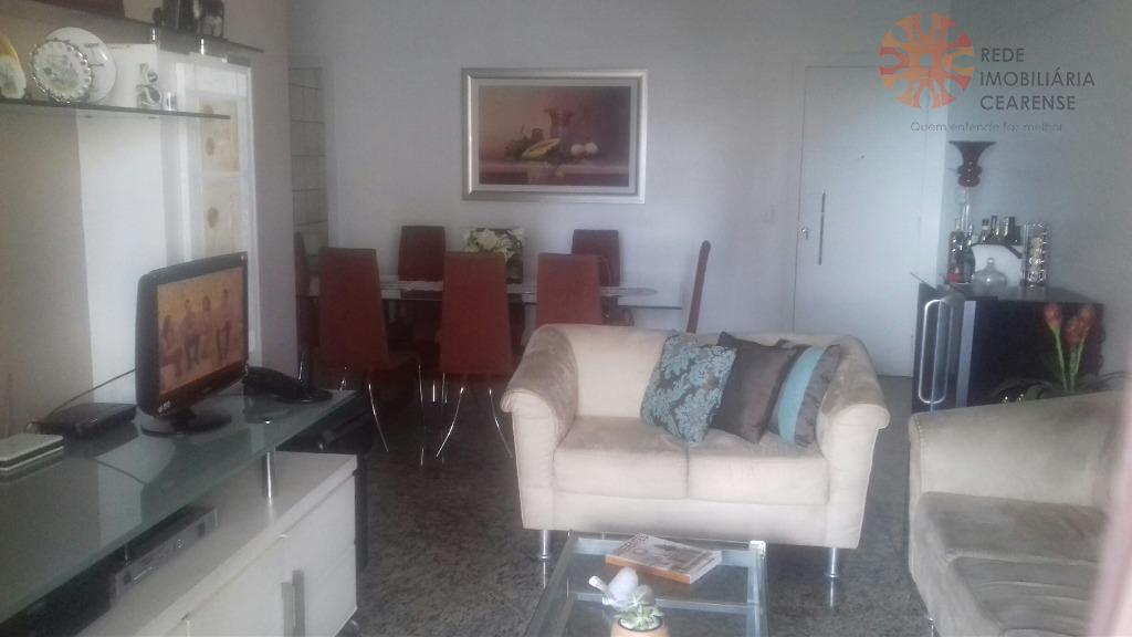 Apartamento à venda na Aldeota. Nascente, 135m2, 3 suítes, lavabo, todo projetado, 2 vagas. Área de lazer.