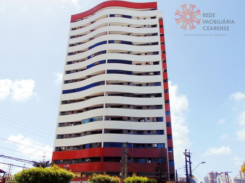 Apartamento no Papicu, reformado, 150m2, 3 suites, estar intimo ou gabinete, 3 vagas. Financia