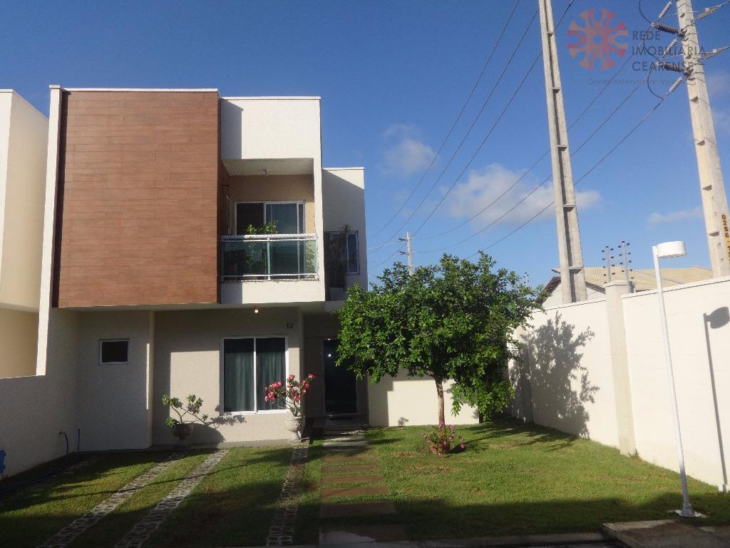 Linda casa em Cond. Novo no Eusébio
