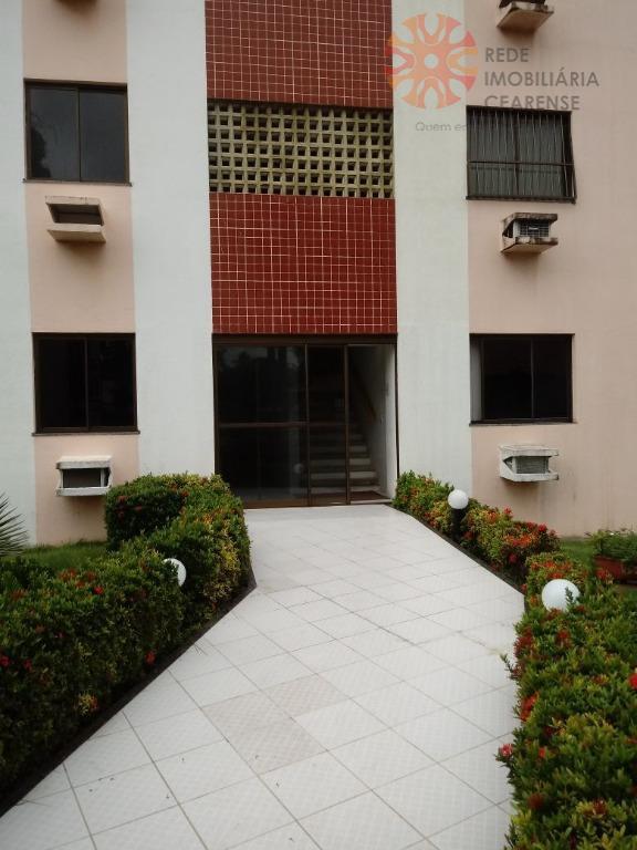 Apartamento residencial à venda, Messejana, Fortaleza - AP3444.