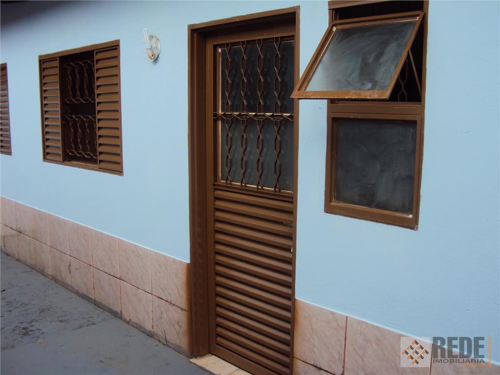 quarto com armario, cozinha com armario sob a pia, cozinha, banheiro, area de serviço, garagem opcinal...cod.1272