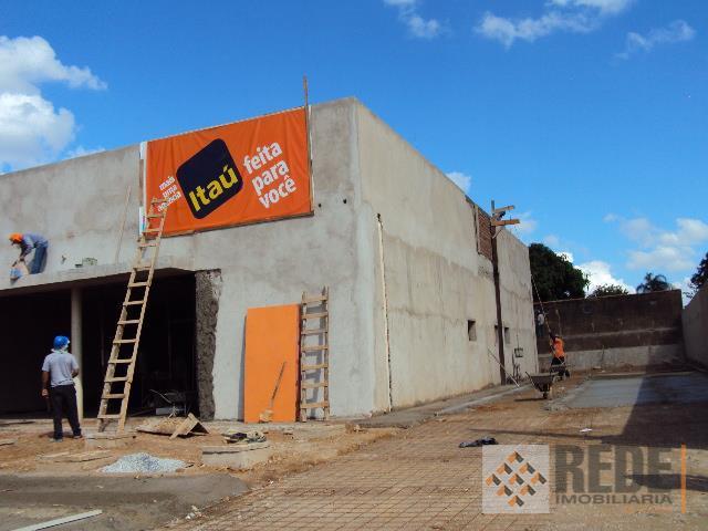 predio comercial a ser construido, de acordo com o projeto do pretenso locatario, excelente ponto comercial...