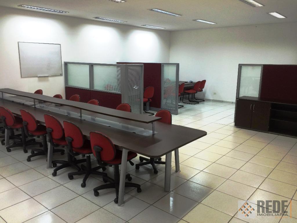 loja comercial com 220 m2 construídos e 900 m2 de área total, loja segura com alarme,...